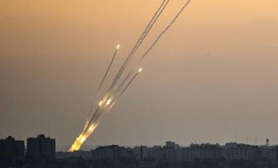 rockets_being_fired_from_the_gaza_strip_into_israel_1-(1).jpg