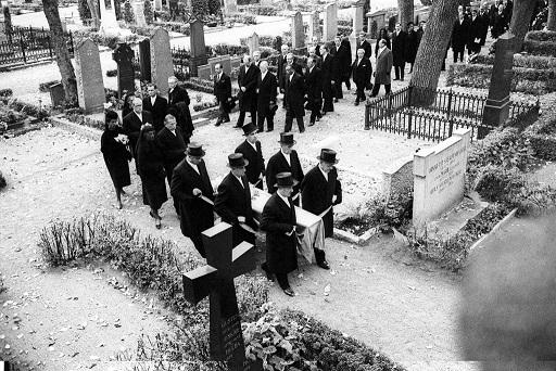 Bouchnik-Funeral.jpg